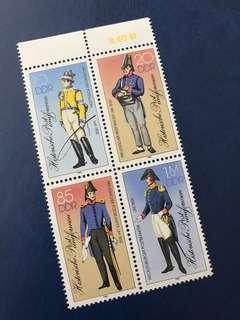 1986 德國軍服 服飾 4全郵票 連票