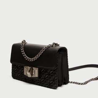 Zara Chain Slingbag