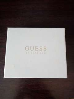 brand new guess wallet 🌸