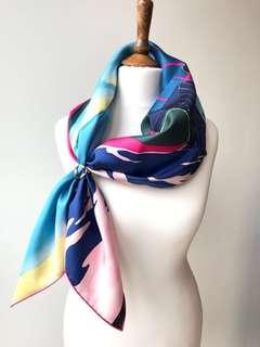 全新Hermes 英國限量版 90 x 90 cm 方絲巾 UK Charity LIMITED EDITION Silk Scarf