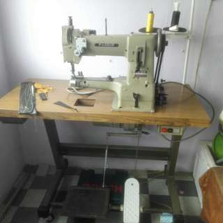 Taking Heavy Duty Sewing Machine