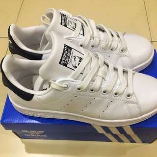 Adidas stand smith authentic shoes