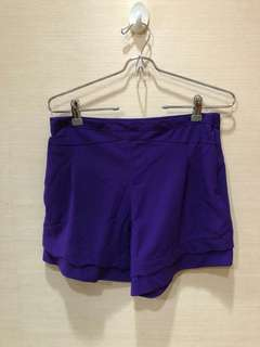 High waist purple shorts