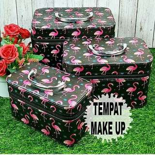 Tempat Make Up
