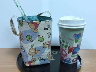 🚚 沛軒手作坊~(厚棉布)便利超商(大或中杯)咖啡杯/飲料杯環保手提袋,底8*8圓周30cm*高14cm提帶長度約30cm