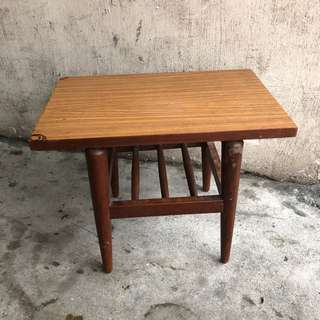 Vintage pencil leg formica wood side table