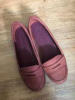 Timberland酒紅麂皮平底休閒鞋