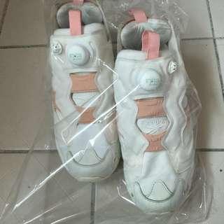 Reebok 復活節 女鞋
