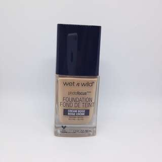 Wet n wild photofocus foundation (Cream Beige)