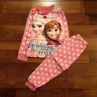 Pyjamas frozen polkadot