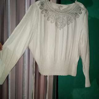 Pleated White Blouse / Atasan Prisket Plisket / Tunik / White Top / Baju Hijab / White Crop Shirt Top