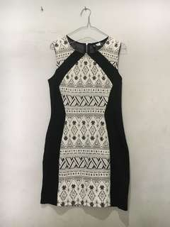 DRESS BODYCON H&M DIVIDED