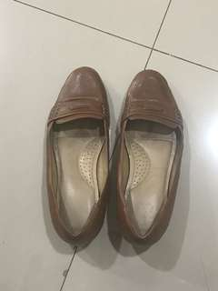 Andre Valentino - Leather Size 38