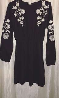Topshop embroidered dress bnwt