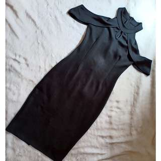 Viras black midi dress