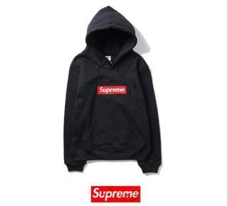 REPLICA - Supreme black jumper