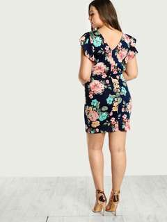 💋3D Floral Plus Size Dress 💫Blend cotton, soft thick stretch  💫Ruffle sleeve  💫Full 3D Floral  💫Free size fits up to XXL  💫Single color  💫Good quality