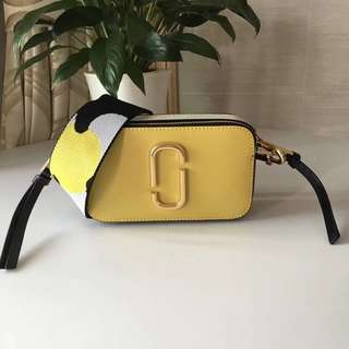 Marc Jacobs Snapshot Camera Bag - black & yellow
