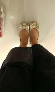 金色Tory Burch平地鞋