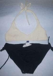 Bikini/ swimwear