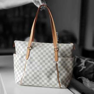 Authentic Louis Vuitton Damier Azur Totally MM LV