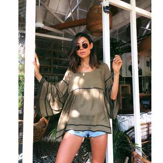 CARTEL AND WILLOW KHAKI TOP SIZE S