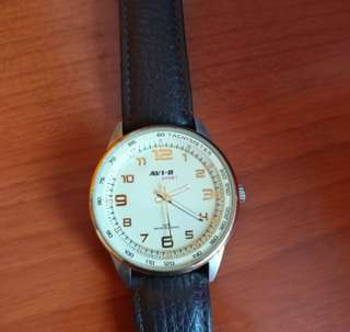 AV1-8 automatic watch