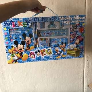 Mickey and Minnie Stationery mega box set / goodie bag