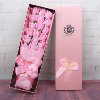 Free shipping 18 Soap Flower rose Bouquet love graduation convocation gift box