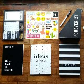 I'm looking for this F21 notebook set