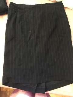 Rok kerja formal / work skirt invio