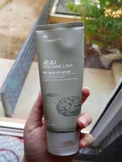 TheFaceShop Jeju Volcanic Lava Pore Cleansing Foam