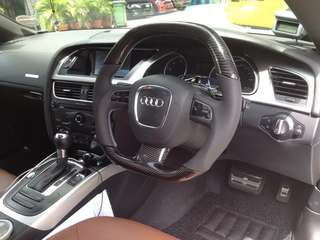 Carbon Fiber Steering Wheel for B8 Audi A4/A5 for sale.