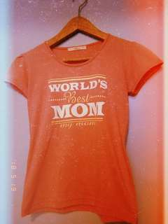 World's Best Mom T-Shirt ❤