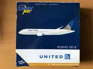 United 787-8飛機