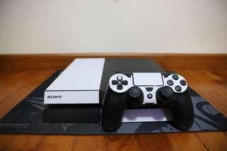 PlayStation 4 500 GB (2 games)