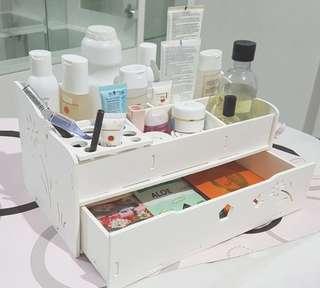 Rak kosmetik laci kosmetik tempat kosmetik organizer
