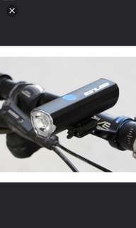 Brand New! GUB Bicycle headlight (300lumen) USB rechargeable cycling light