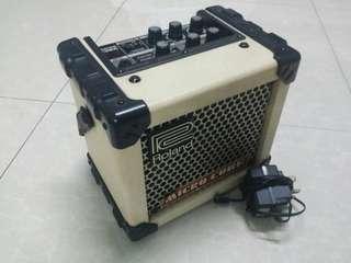 Used Roland Micro Cube Guitar Amp
