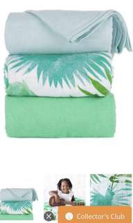 Tula blanket (Lush green) from Belle Isle