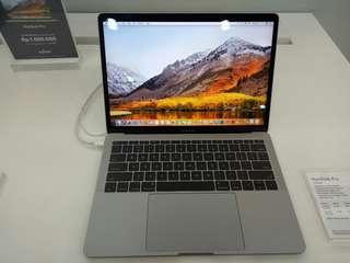 Macbook Pro 256GB cicilan bunga 0,99% tanpa kartu kredit