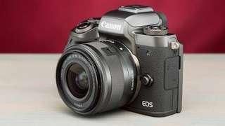 Kredit Canon EOS M5 Mirrorless Digital Camera with 15-45mm Lens tanpa Dp