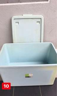 Storage Box / plastic box container with roller