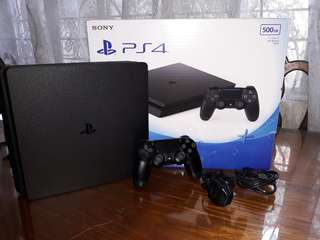 Ps4 slim with many games
