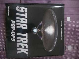 Buku pop art star trek