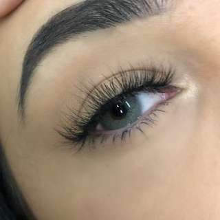 Eyelash Extensions (Central Area) [Add-on: Makeup]