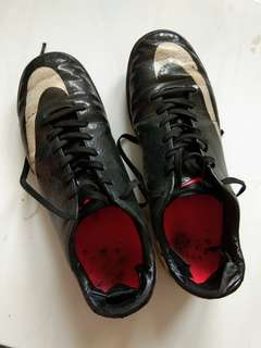 NIKE MERCURIAL BLACK