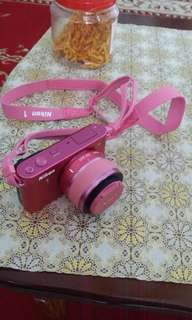 nikon J 1 pink limited edition