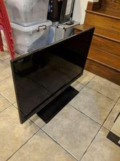 Sharp Aquos LED TV 32 Inch