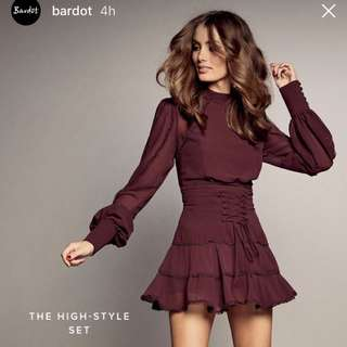LOOKING FOR .. Bardot High Set